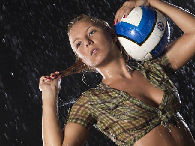 Елена Рыжикова - Бывший вратарь женской сборной России по футболу (12 фото)