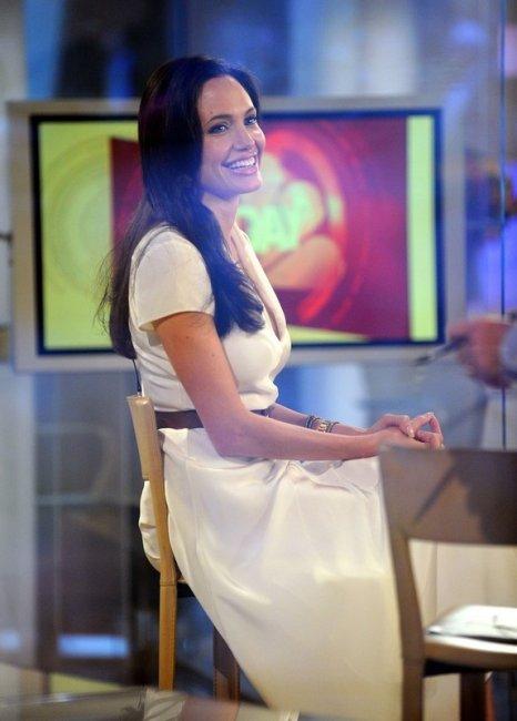 Angelina Jolie (22 фото)