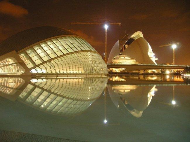 Город искусств и наук в Испании (24 фото)