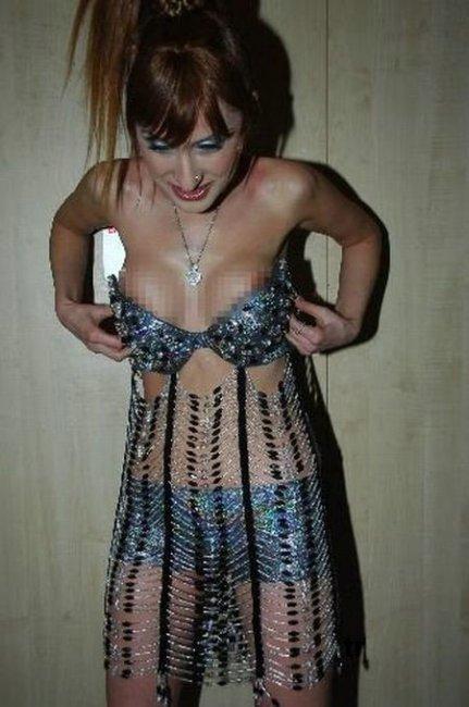 Упало платье (9 фото)