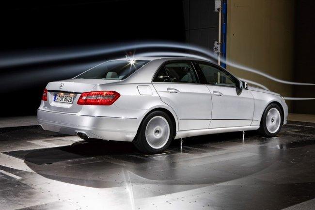 Mercedes Benz E-Класса 2009 года (19 фото)