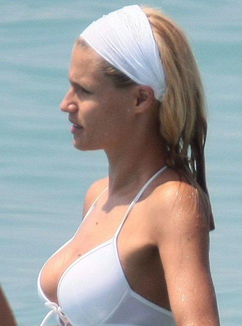 Michelle Hunziker (10 ����)