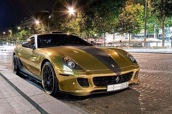 Золотая Ferrari 599 GTB (18 фото)