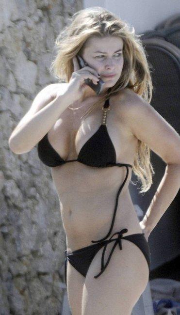 Кармен Електра на отдыхе в Греции (8 фото)