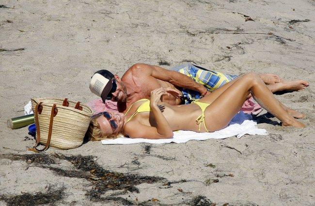 Памела Андерсон все еще сексуальна? (12 фото)