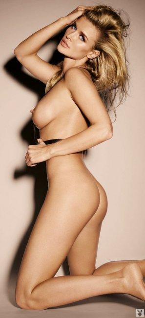 Joanna Krupa (11 фото)