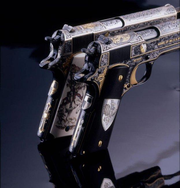 Оружейная коллекция (77 фото)