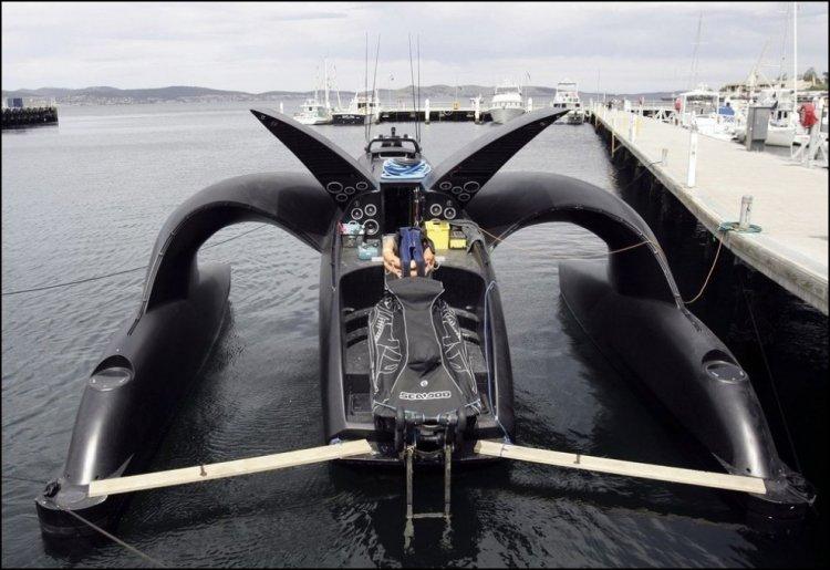 Крушение лодки-тримарана Ady Gil (15 фото)